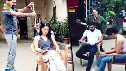 VIRAL : Sunny Leone pranked with LIVE snake! | Hot Tamil Cinema News
