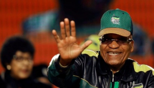 जेकब ज़ूमा अविश्वास वोट से बचे   Jacob Zuma narrowly survives no-confidence vote