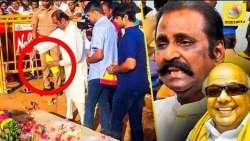 பால் உற்றி சடங்கு செய்த வைரமுத்து : Vairamuthu pays floral tribute to Karunanidhi at Marina